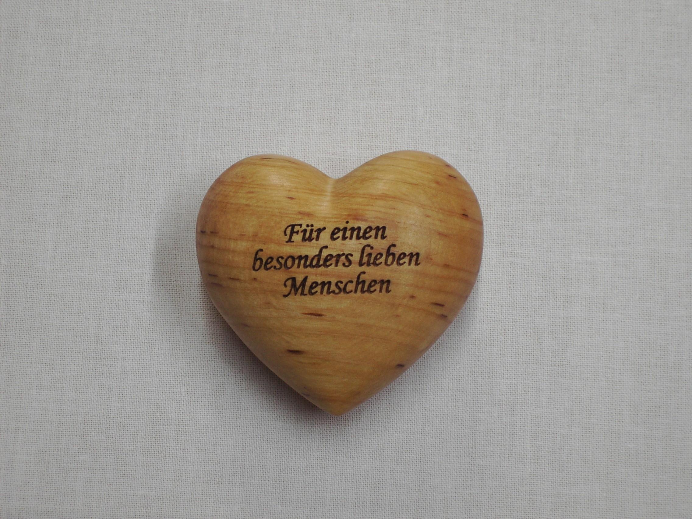 Holzherz Für Einen Besonders Lieben Menschen Evangelisations